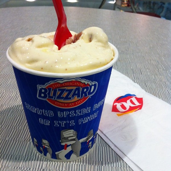 Photo taken at Dairy Queen ديري كوين by Rameld D. on 8/12/2012