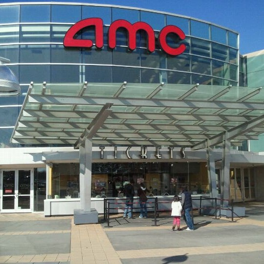 Photo taken at AMC Columbia 14 by THIS ACCOUNT IS CLOSING VERY SOON! GO ADD OR ACCEPT BadAzzBrad 2.0 OR BE LOST FOREVER!😭😔😢😵 on 2/20/2012