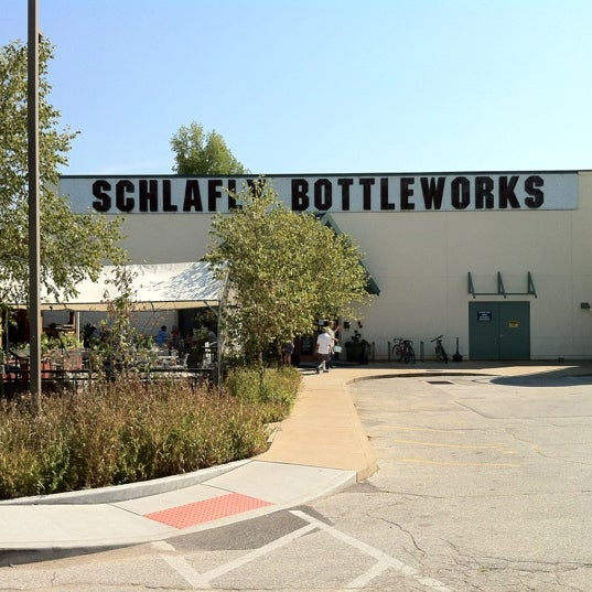 Photo taken at Schlafly Bottleworks by Frank S. on 8/11/2012
