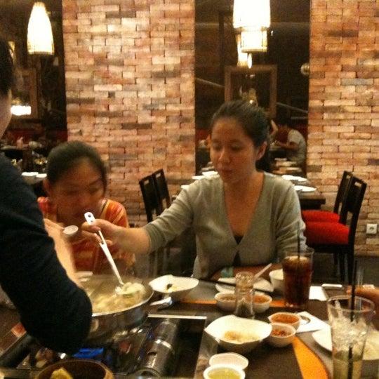 Photo taken at I-ta Suki by Angelina S. on 3/9/2012