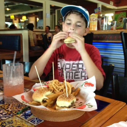 Photo taken at Chili's Grill & Bar by Scott M. on 9/1/2012