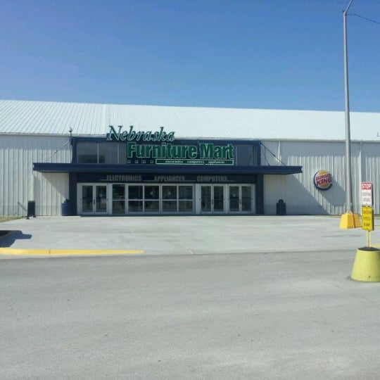 Nebraska furniture mart central omaha omaha ne for Furniture mart
