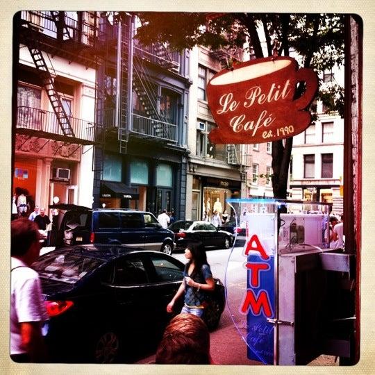 Le Petit Cafe San Francisco