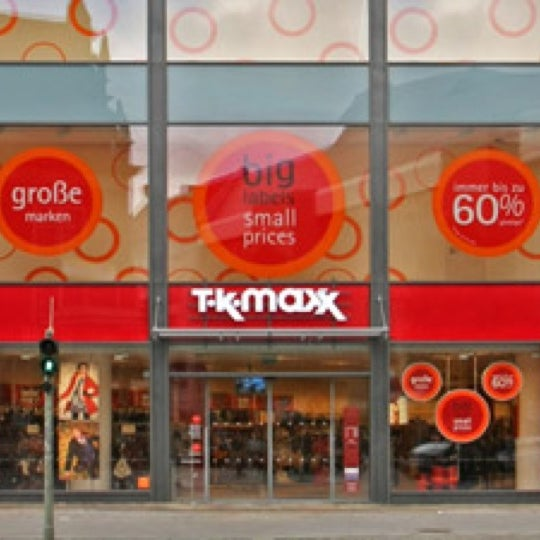tk maxx clothing store in charlottenburg. Black Bedroom Furniture Sets. Home Design Ideas