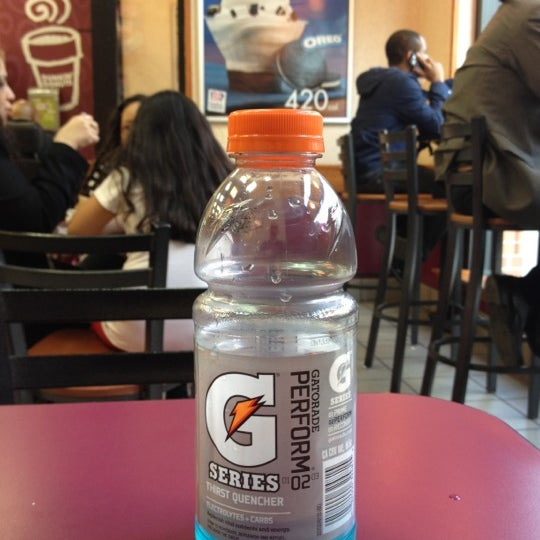 Photo taken at Dunkin Donuts by Marco on 3/29/2012