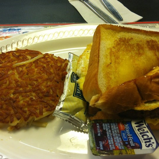 Photo taken at Waffle House by Teresa O. on 4/22/2012