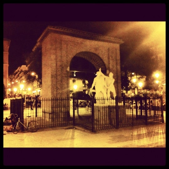 Photo taken at Plaza del Dos de Mayo by Giuseppe D. on 6/16/2012