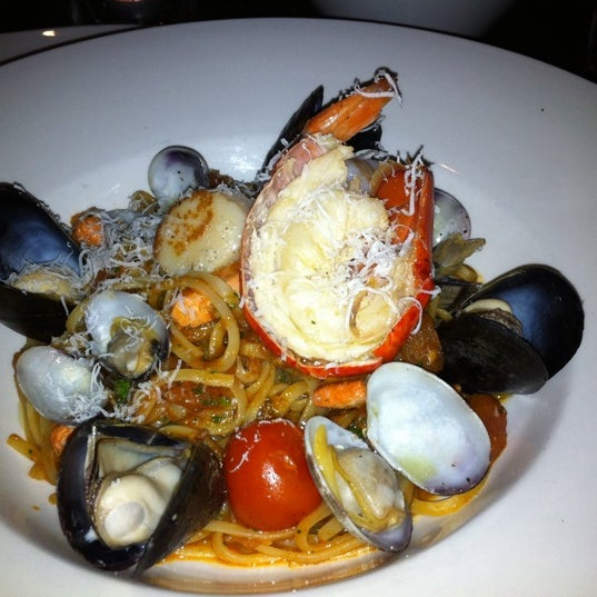 Frankies italian kitchen downtown vancouver vancouver bc for Italian kitchen menu vancouver