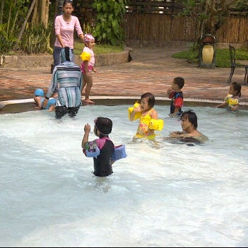 Photo taken at Graha Residence Swimming Pool by desilia d. on 3/30/2012