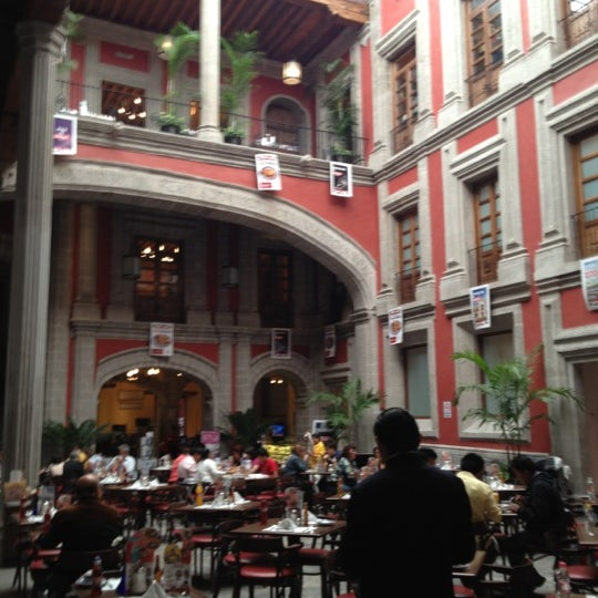 Sanborns mexican restaurant in coyoac n for Sanborns df