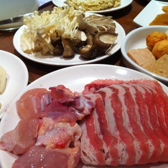Photo taken at Crystal Jade Kitchen 翡翠小厨 by Jay W. on 2/25/2012
