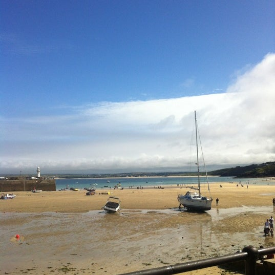 Where's Good? Holiday and vacation recommendations for St Ives, Cornwall, United Kingdom. What's good to see, when's good to go and how's best to get there.