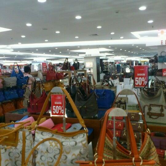 Photo taken at Keris Departement Store by Dri H. on 5/7/2012