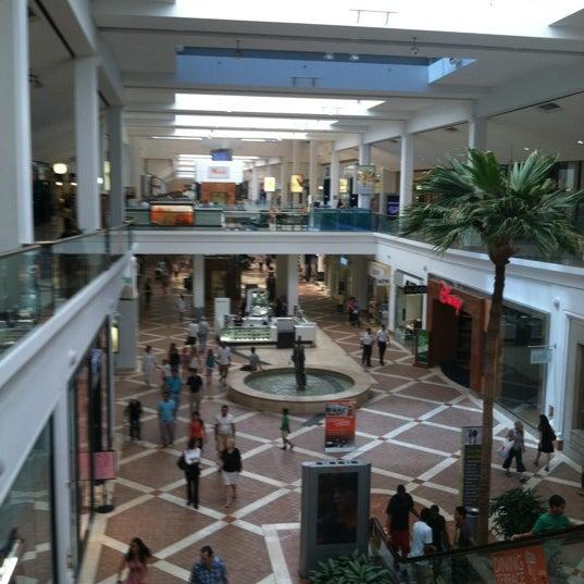 Westfield Mall Food Court Sherman Oaks