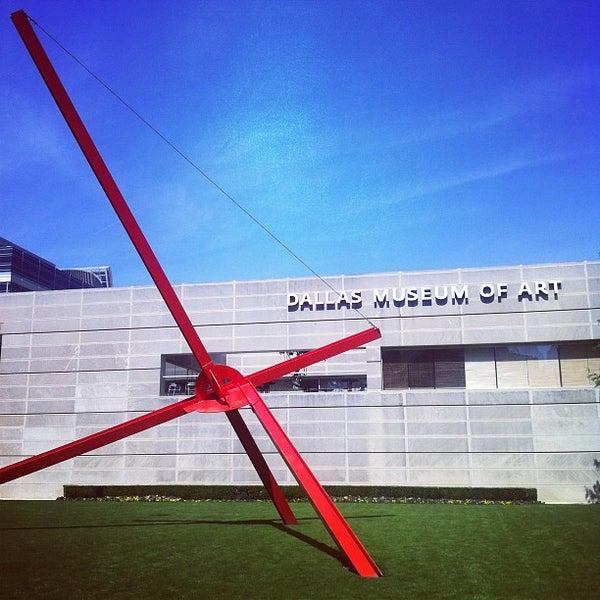 Photo taken at Dallas Museum of Art by Kurt O. on 4/6/2012