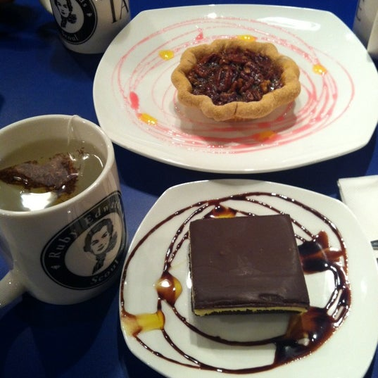 Photo taken at TARTINE too... by Han a K. on 3/24/2012