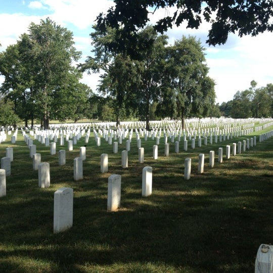Photo taken at Arlington National Cemetery by Stephen R. on 8/18/2012