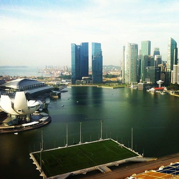 Photo taken at The Ritz-Carlton, Millenia Singapore by Nataliya S. on 3/4/2012