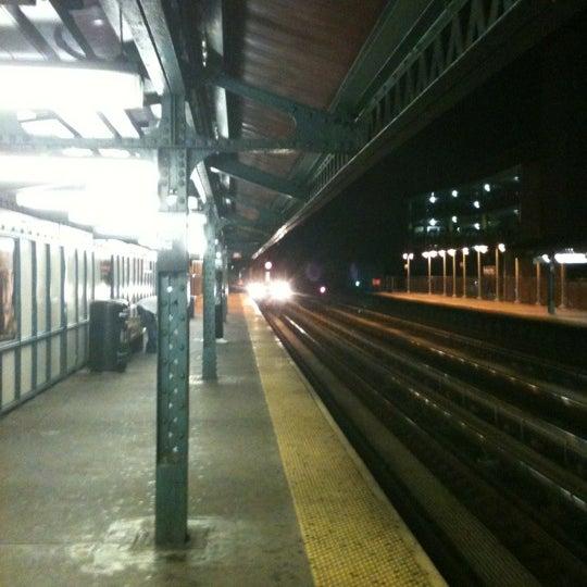 Photo taken at MTA Subway - Fordham Rd (4) by Jose R. on 8/26/2012