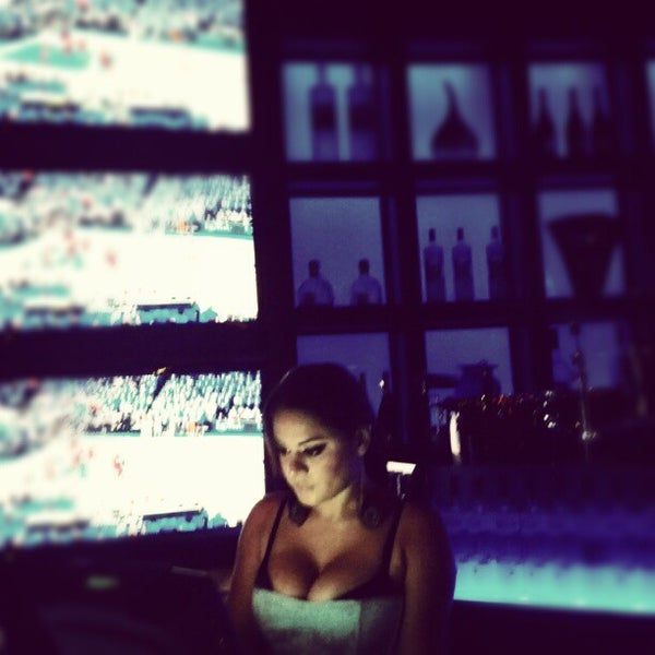Photo taken at Blue Martini Brickell by Andy W. on 6/13/2012