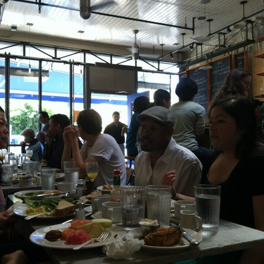 Photo taken at Universal Cafe by Rosemarie M. on 4/22/2012