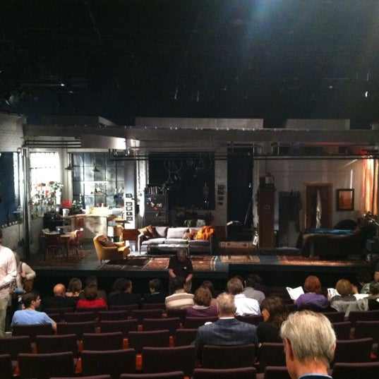 Photo taken at Steppenwolf Theatre Company by Serena M. on 5/13/2012