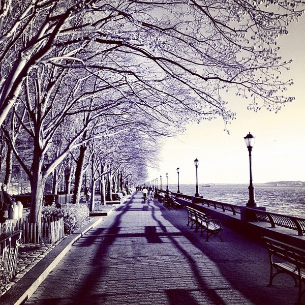 Photo taken at Battery Park City Esplanade by Raffi A. on 4/3/2012