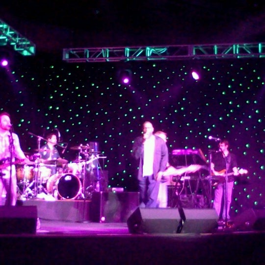 Photo taken at Meadows Racetrack & Casino by Steve P. on 7/7/2012