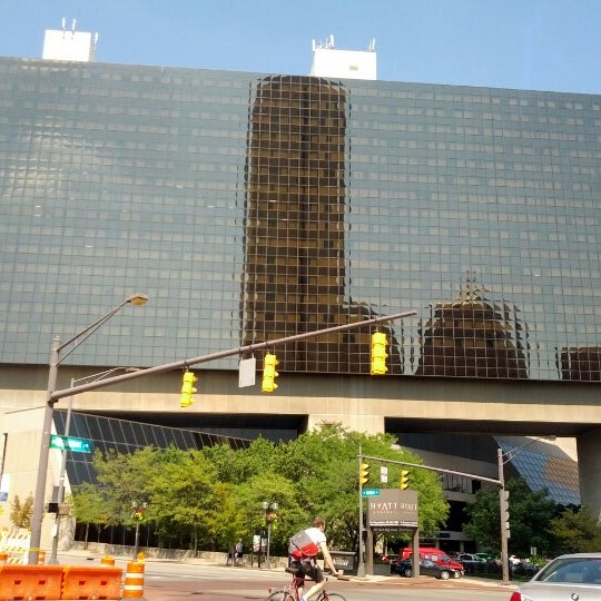 Photo taken at Hyatt Regency Columbus by Caleb B. on 8/25/2012