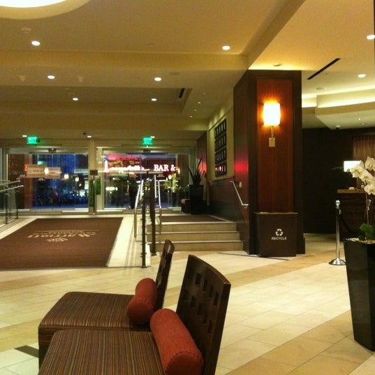 Photo taken at San Francisco Marriott Marquis by Kevin L. on 4/27/2012