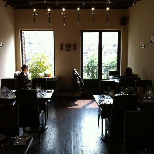 Photo taken at Bellissimo by Daniele F. on 3/10/2012