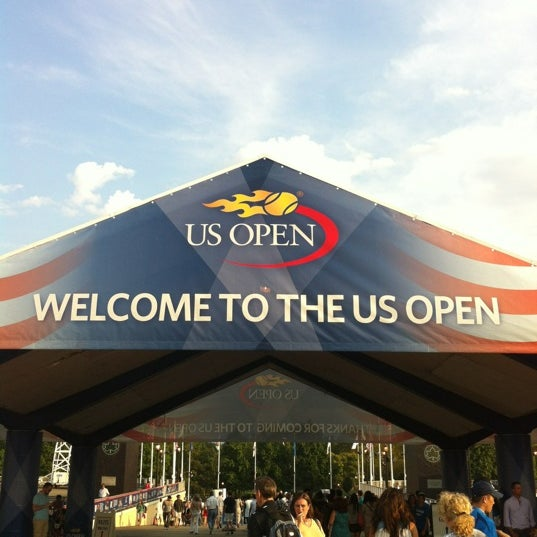 Photo taken at 2013 US Open Tennis Championships by Arnold G. on 9/2/2012