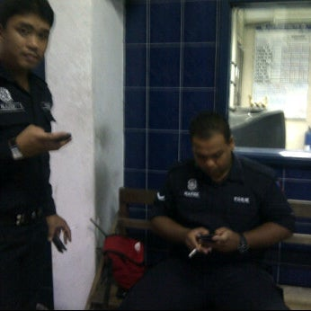 Photo taken at Balai Polis Kg Tawas by Kecik J. on 2/8/2012