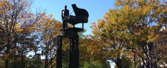 Photo taken at Duke Ellington Memorial by Robert Graham by Tab on 10/22/2012