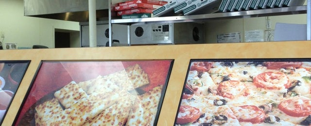 Photo taken at Papa John's Pizza by Alan C. on 9/22/2013