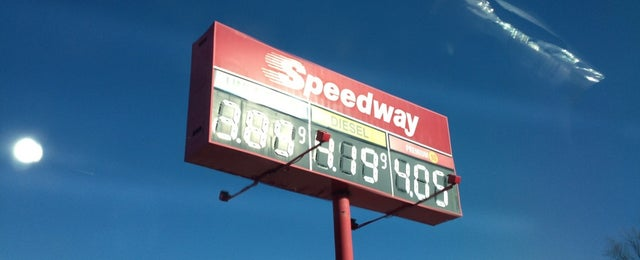 Photo taken at Speedway by Alex on 2/17/2013