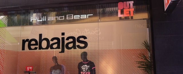 Photo taken at Pull And Bear Outlet by Davisg M. on 7/30/2011