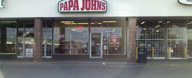 Photo taken at Papa John's Pizza by Donald F. on 6/8/2012