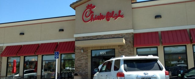 Photo taken at Chick-fil-A by Chelsi D. on 5/7/2012