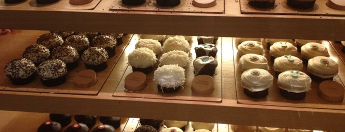 Sprinkles Cupcakes is one of Favorite Food.