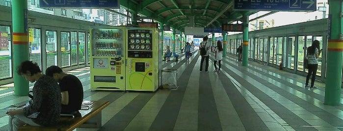 석계역 (Seokgye Stn.) is one of Subway Stations in Seoul(line1~4 & DX).
