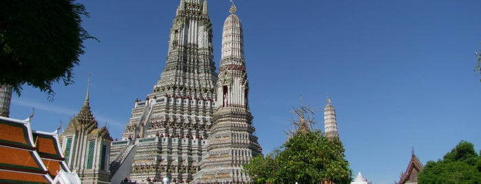 วัดอรุณราชวรารามฯ (Wat Arun Rajwararam) is one of Bangkok (กรุงเทพมหานคร).
