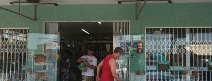 Mini Mercado Bem Vindo is one of Floripa.