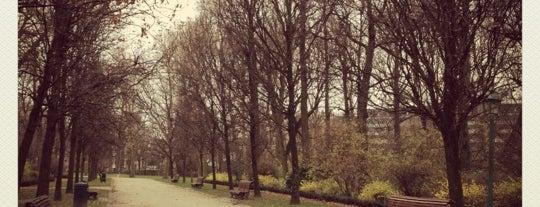 Jubelpark / Parc du Cinquantenaire is one of Guide to Brussels's best spots.