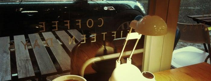 커피십오일 is one of Cafe & Bakery.