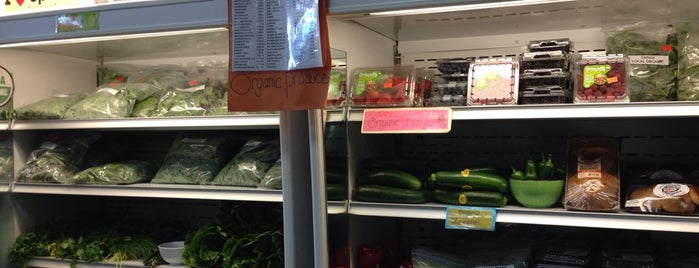 Harvest Health Foods is one of Vegan <3.