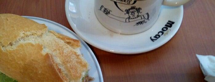 Café Bar Puzzle is one of Molando en asturias.