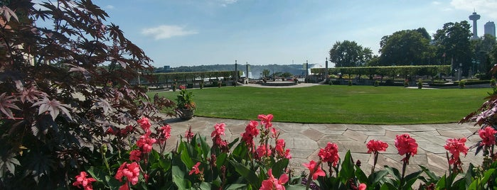 Oakes Garden Theatre is one of Guide to Niagara Falls's best spots.