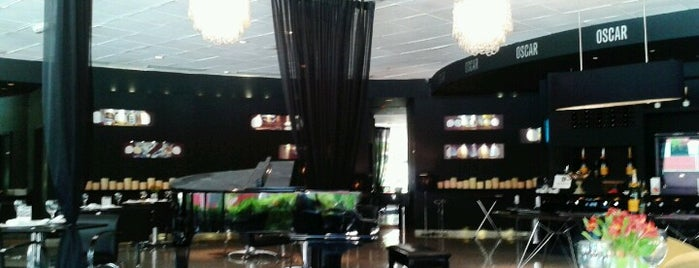 Restaurante Oscar is one of Melhores Hoteis da Capital do Brasil.