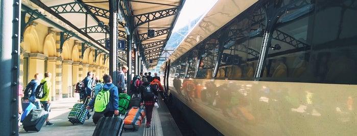 Stazione di Bellinzona is one of Bahnhöfe Top 200 Schweiz.